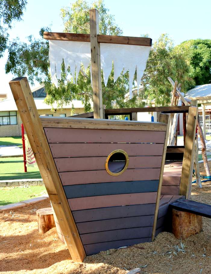 Nature playground design natural playgrounds the for Landscape architecture courses perth