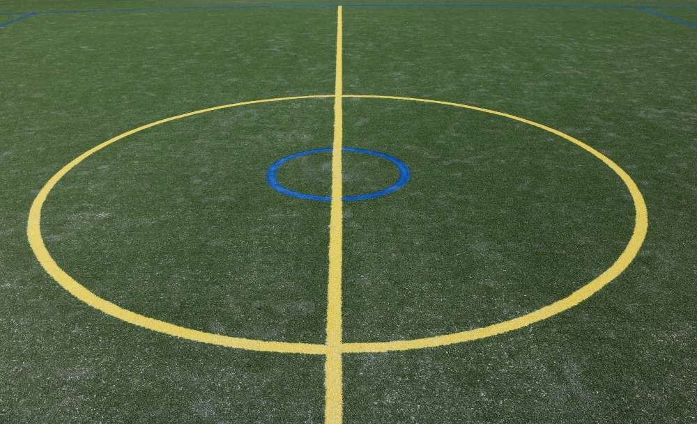 school-sports-turf-green-center-court