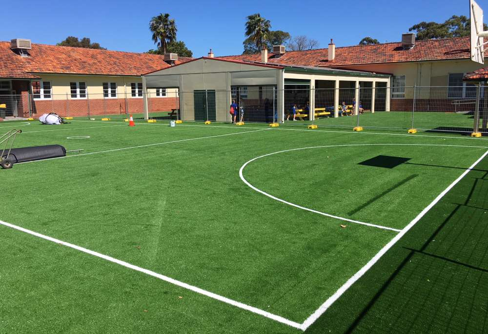 school-sports-turf-green-netball-court
