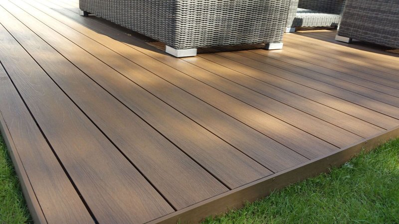 Composite Decking - Famouswood