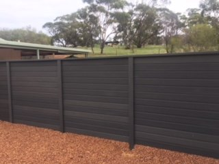 Timber Fencing - Timberlook composite alternative 01